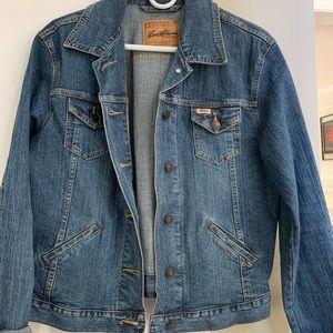 Women's Levi's jean jacket